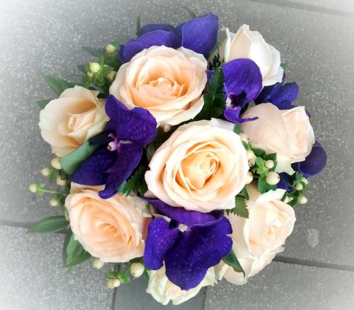 Buchet Mireasa Trandafiri Orhideevanda Aranjamente Nunta
